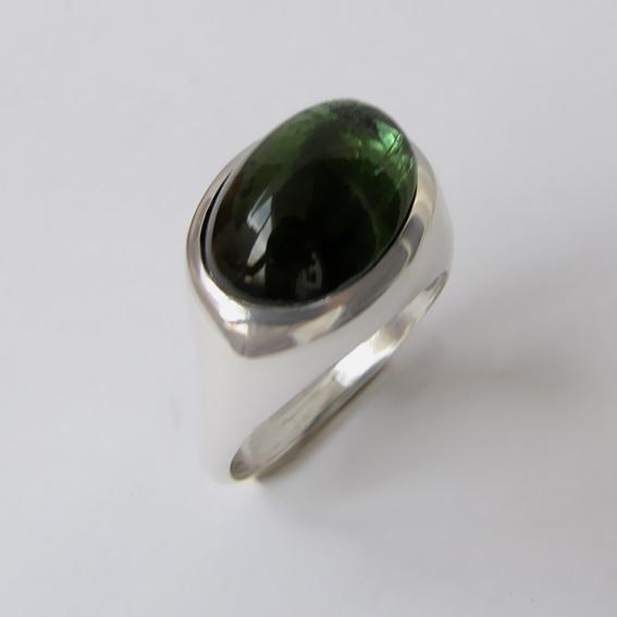 Кольцо с турмалином зеленым, арт. КОВ310
