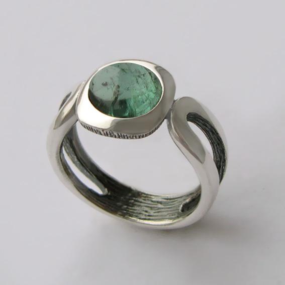 Кольцо с турмалином зеленым, арт. ЛСП3