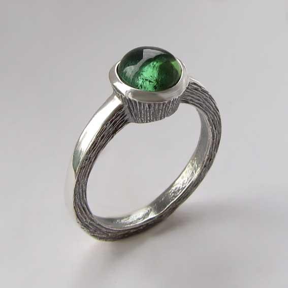 Серебряное кольцо с турмалином зеленым, арт.ПФ38