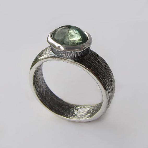Кольцо с турмалином зеленым, арт.ПФОВ37