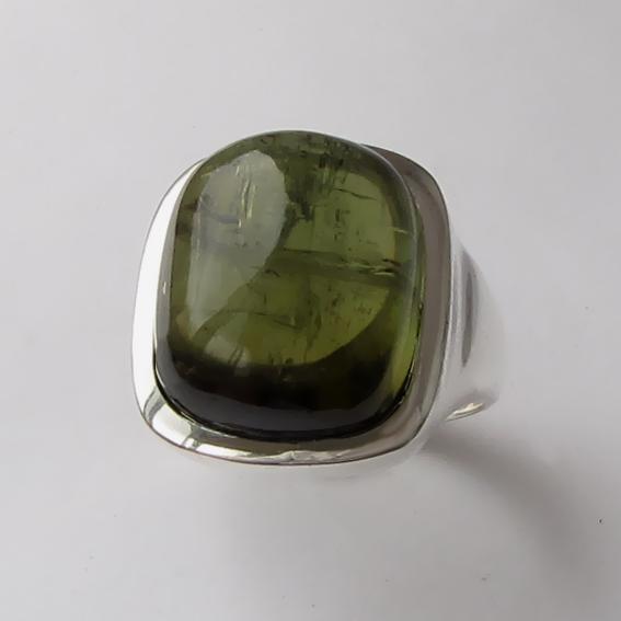 Кольцо с турмалином зеленым, арт. КВКН314