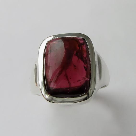 Кольцо с турмалином бордовым, арт. КВН311