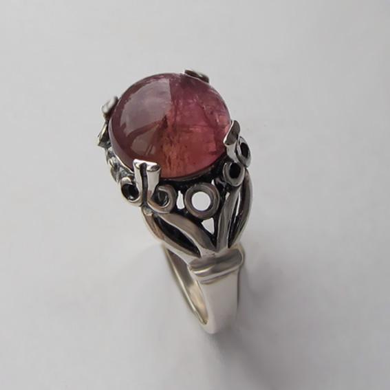 Кольцо с турмалином бордовым, арт.ЕФ3