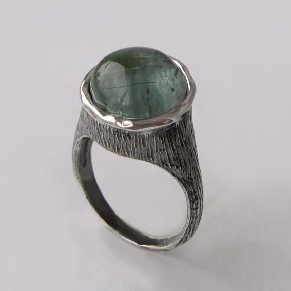 Кольцо с турмалином зеленым, арт. ПЕ3