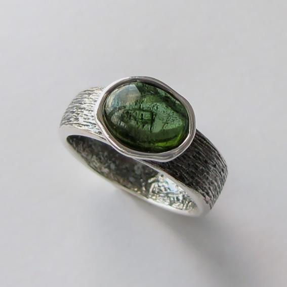 Кольцо с турмалином зеленым, арт. ПФОВ37