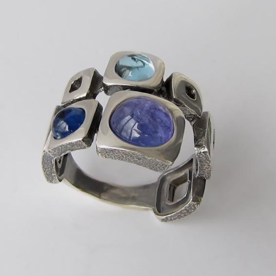Кольцо с кианитом, топазом, арт.8КВ3