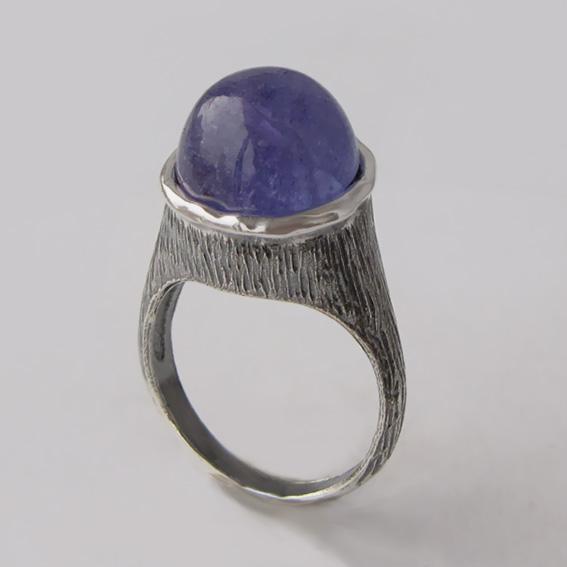 Кольцо с танзанитом, арт. ПЕ3