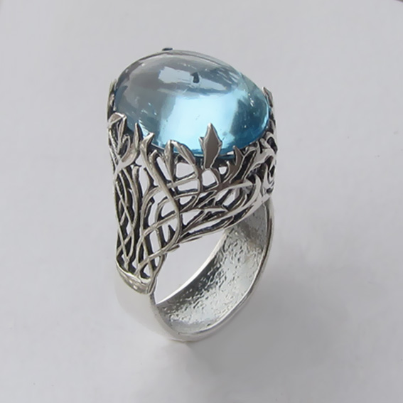 Кольцо из серебра с топазом, арт. ЛИ313