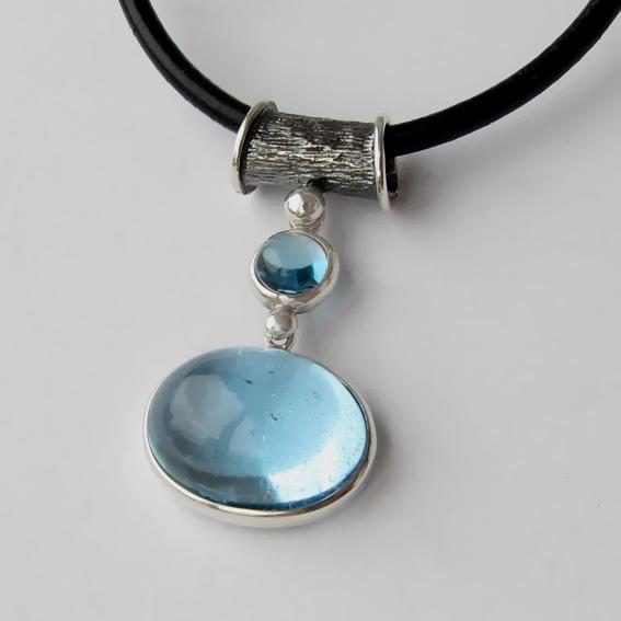 Кулон с голубым топазом, арт. ОВК113