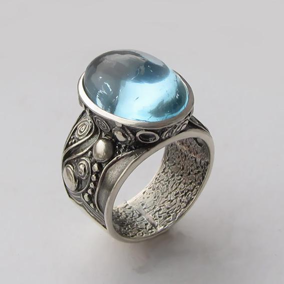Кольцо из серебра с топазом, арт. ПЕОР3