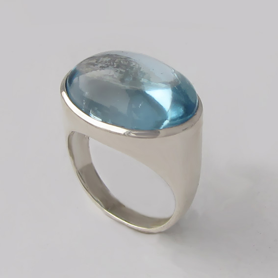 Кольцо из серебра с топазом, арт. ВОВ313