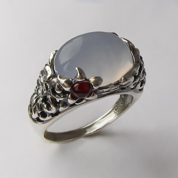 Кольцо с халцедоном, арт. ВЯ3