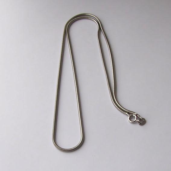 Цепочка серебряная снейк 60 см., толщина-1.5 мм.