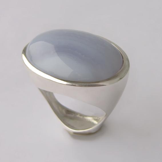 Кольцо с агатом голубым, арт.ЭСО3