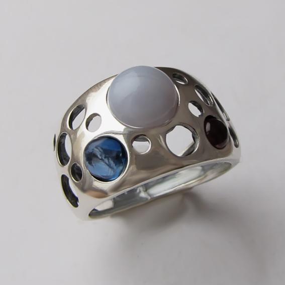 Кольцо с агатом голубым, кианитом, гранатом НЛ3