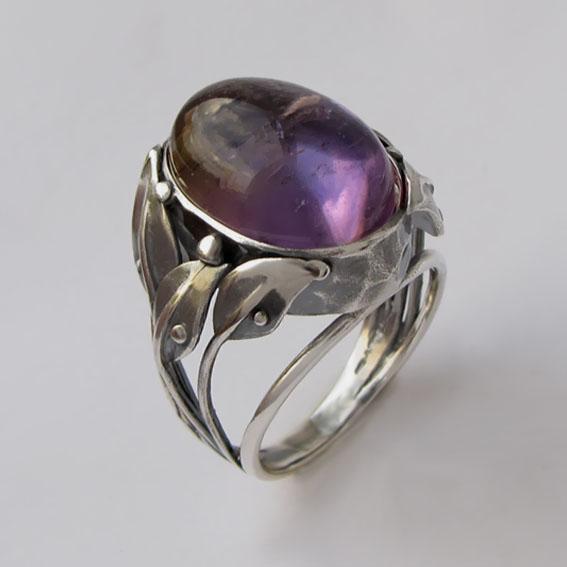 Серебряное кольцо с аметистом, арт. ВЕТ3