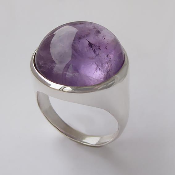 Кольцо из серебра с аметистом, арт.НКН318