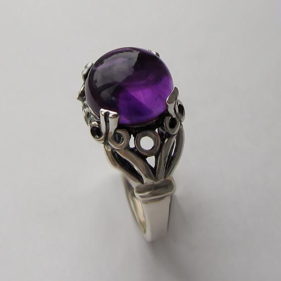 Кольцо с аметистом, арт. ЕФ3