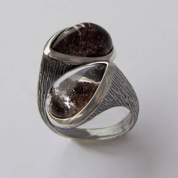 Кольцо с кварцем с хлоритом, арт.2СЛЧ3
