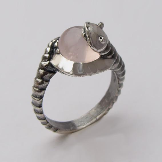 Кольцо с кварцем, арт. ОНО3