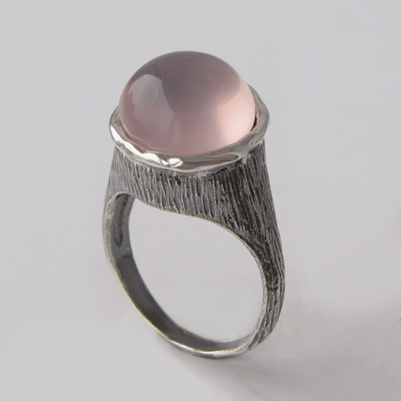 Серебряное кольцо с кварцем, арт. ПЕ3Н