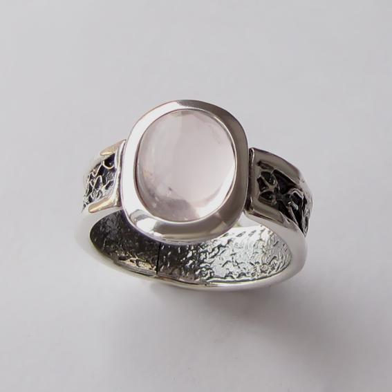 Кольцо с кварцем, арт. ИЕОВ3