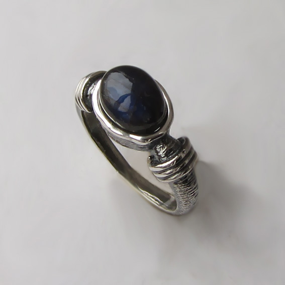 Кольцо с лабрадором, арт. ОВП37