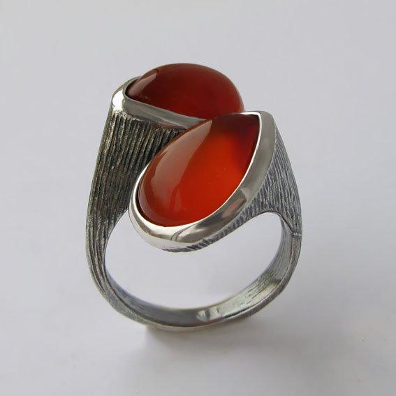 Кольцо с сердоликом, арт.2СЛЧ3