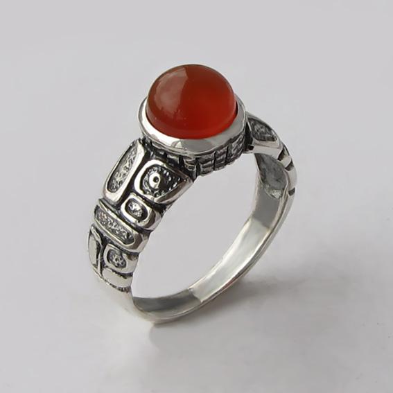 Кольцо из серебра с сердоликом, арт. ГРИК3