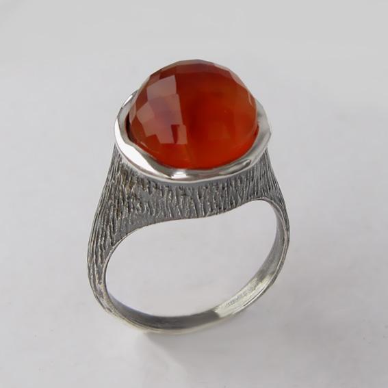 Кольцо с сердоликом, арт.ПЕ3Г