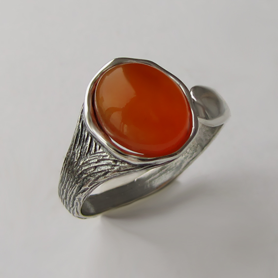 Кольцо с сердоликом, арт. ЧОВ3