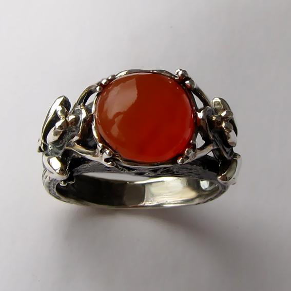 Кольцо с сердоликом, арт. ЛЯ3