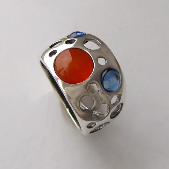 Кольцо с сердоликом, кианитом, арт. НЛ3