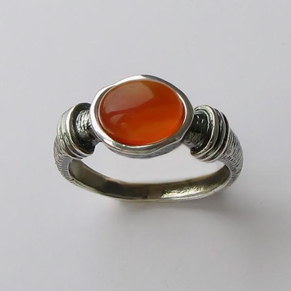 Кольцо с сердоликом, арт. ОВП37