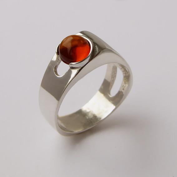 Кольцо с янтарем, арт. БАК3
