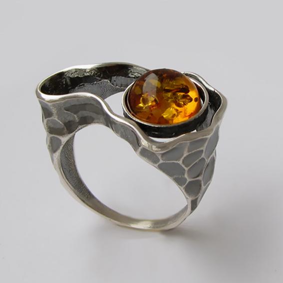 Кольцо с янтарем, арт.СДН3
