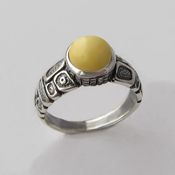 Кольцо с белым янтарем, арт. ГРИК3