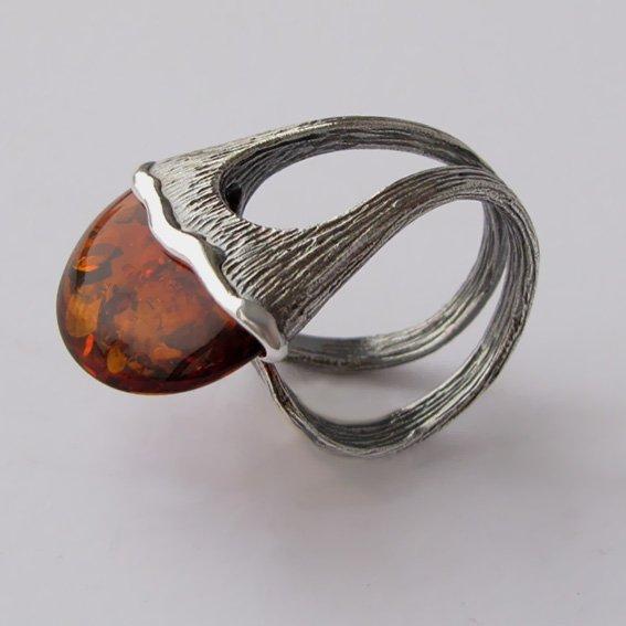 Кольцо с янтарем, арт. ЛСЧ3