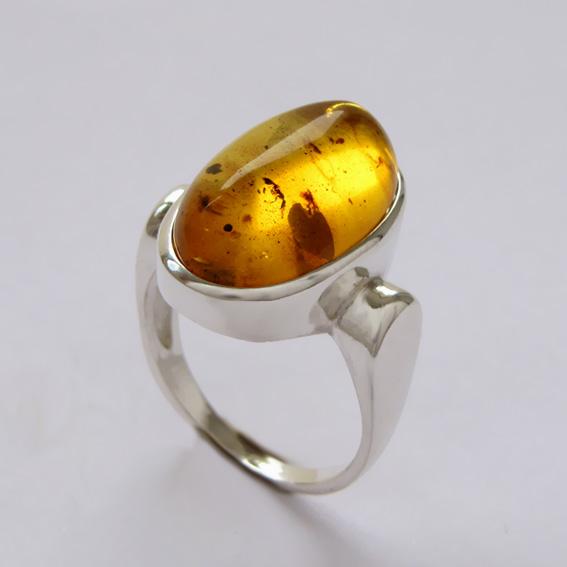 Кольцо с янтарем ЗЕ310-2