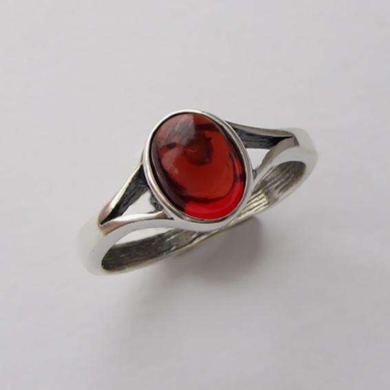 Кольцо с янтарем, арт. ОВМ38