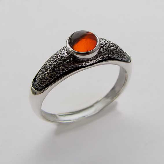 Кольцо с янтарем, арт. ПФ35