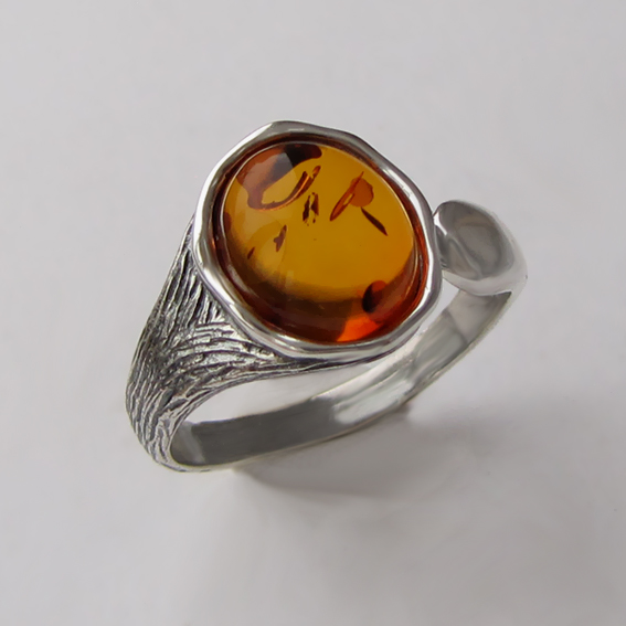 Кольцо с янтарем, арт. ЧОВ3