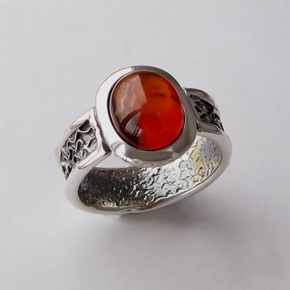Кольцо с янтарем, арт. ИЕОВ3