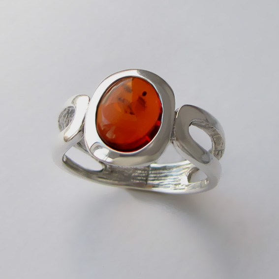 Кольцо с янтарем, арт.ЛСПОВ3