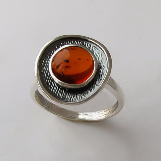 Кольцо с янтарем, арт. МСБ3