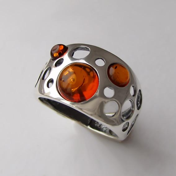 Кольцо с янтарем, арт. НЛ3