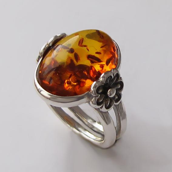 Кольцо с янтарем, серебро 925, арт. РОМ3