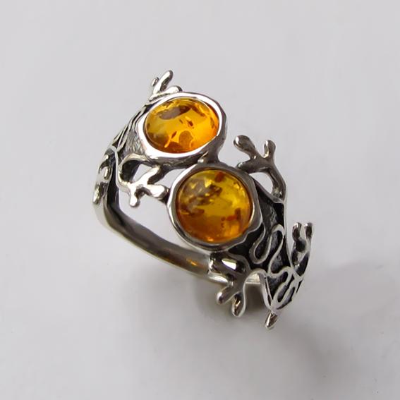 Кольцо с янтарем, арт. ЯЩ3