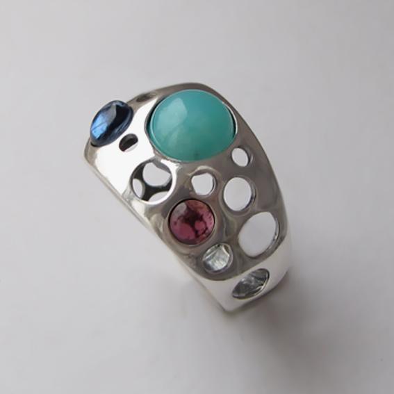 Кольцо с амазонитом, кианитом, гранатом НЛ3