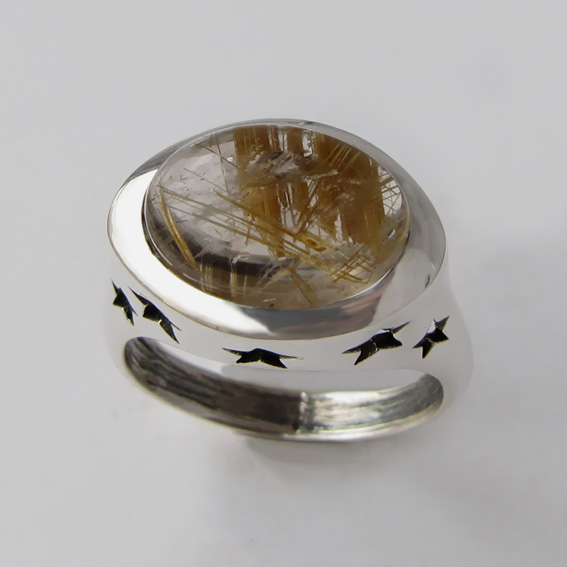 Кольцо с золотистым кварцем 5ЗВ3
